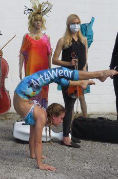 BendyKat Capri leggings