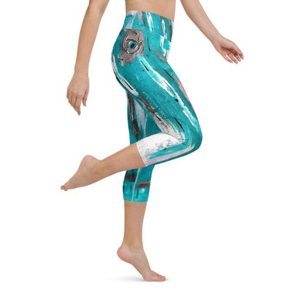 Yoga Capri Leggings. Aqua.